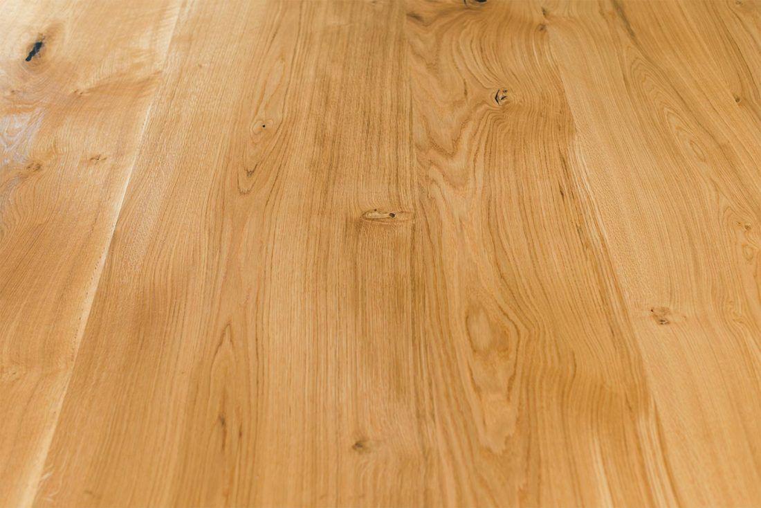 Holzboden Eiche massiv